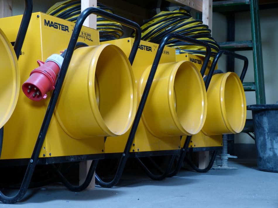 Elektroheizgerät 18kW mit Schlauchanschlussmöglichkeit