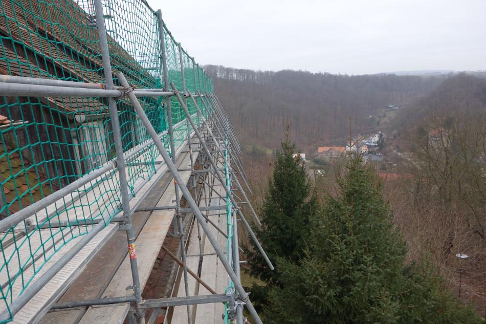 Dachdeckerfangschutzgerüst in Tharandt