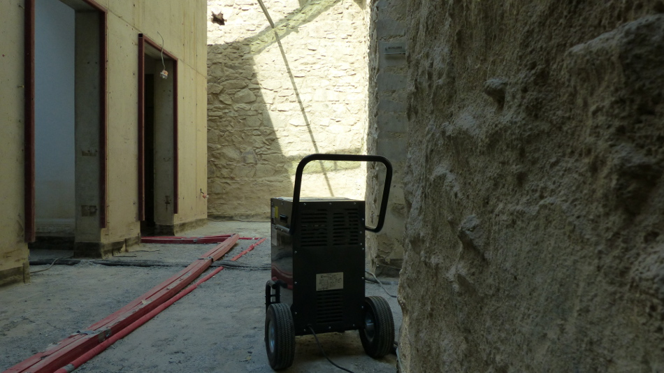 Trocknung nach Wasserschaden Schloss Grimma