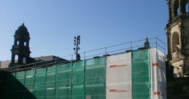 Fassadengerüst für Sandsteinarbeiten an der Augustusbrücke Dresden